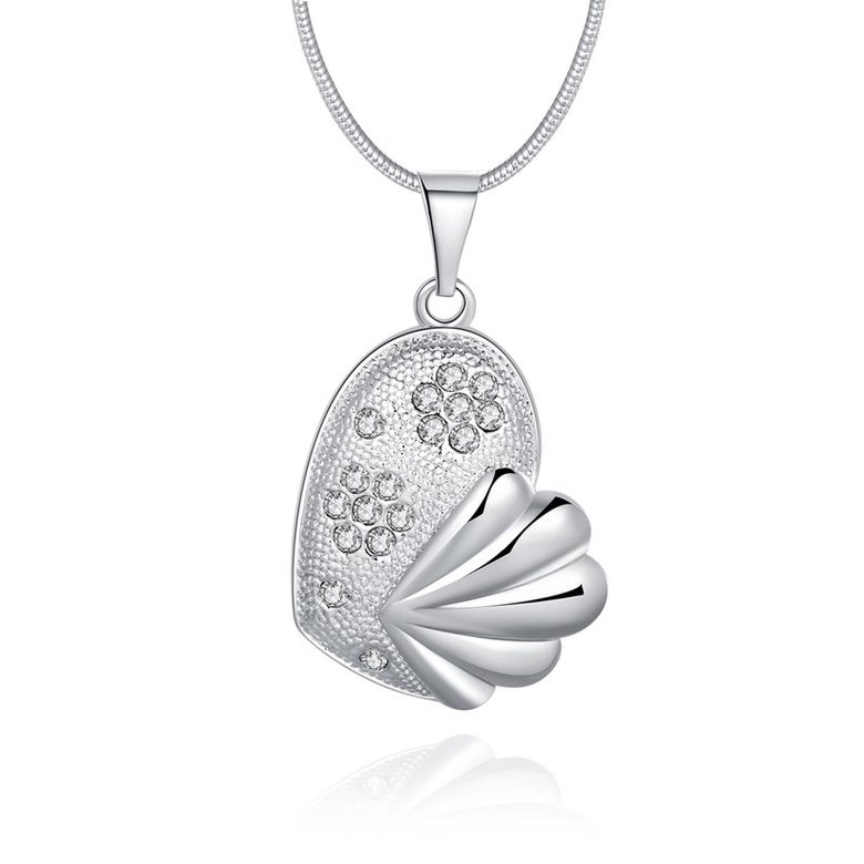 Wholesale Trendy Silver Fish Crystal Necklace TGSPN449
